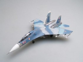 Russian Su-27UB Flanker C Fighter - 1/72